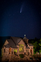 Church_on_the_Rocks_with_Comet_Neowise_Allenspark_2020_1